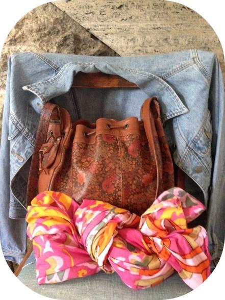 spring_jacket_bag_scarf