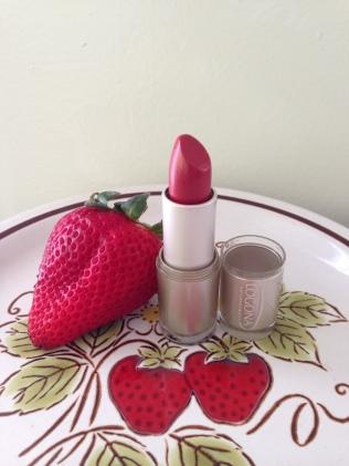 strawberry_lipstick