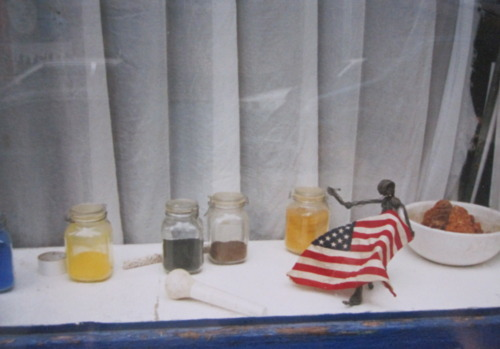 NYC_window_sewing_flag